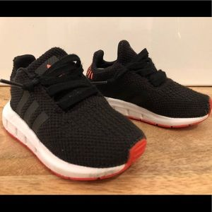 Adidas toddler boy shoes 6k